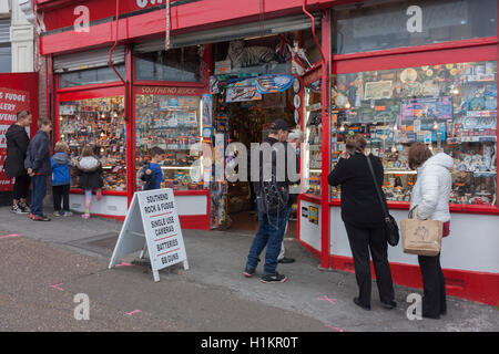 Traditional seafront holiday trinket and seaside memento shop on Pier Hill at Southend-on-Sea, Essex. - Stock Photo