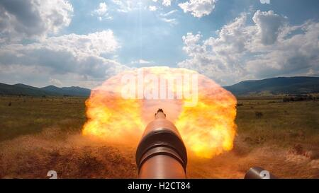 U.S. Army soldiers shoot rounds from an M1A1 Abrams battle tank during a live-fire tank shoot exercise at the Novo - Stock Photo