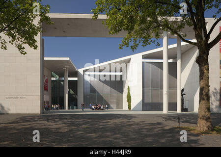 Germany, North Rhine-Westphalia, Bonn, art museum, - Stock Photo