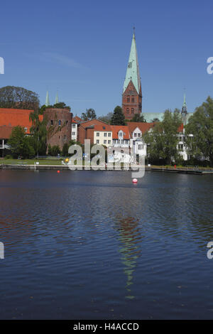 Germany, Schleswig - Holstein, Lübeck, Sankt-Aegidienkirche with crow pond and half defensive wall, - Stock Photo