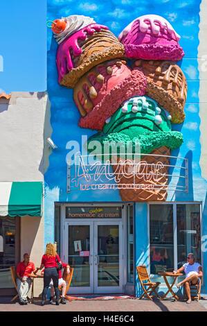 Florida, Miami, Little Havana, Calle Ocho, Azucar Ice Cream Company - Stock Photo