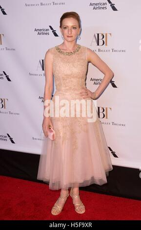 New York, NY, USA. 20th Oct, 2016. Gillian Murphy at arrivals for American Ballet Theatre ABT 2016 Fall Gala, David - Stock Photo