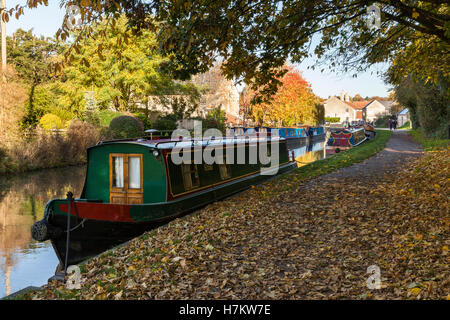 Narrowboats on the Kennet and Avon Canal autumn, Bradford on Avon, Wiltshire - Stock Photo