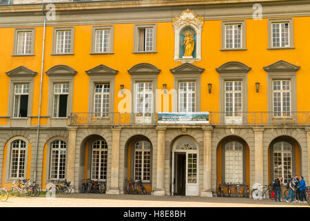 Kurfurstliches Schloss, Elctoral Palace, main building of the University of Bonn, North Rhine Westphalia  Germany, - Stock Photo