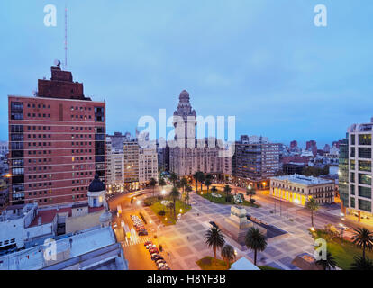 Uruguay, Montevideo, Elevated view of the Independence Square. - Stock Photo