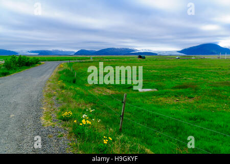 Countryside and glacier view, near Hofn, southeastern Iceland - Stock Photo