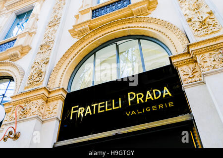 Fratelli Prada shop in Galleria Vittorio Emanuele II, a shopping arcade specialising in designer clothing, Milan, - Stock Photo