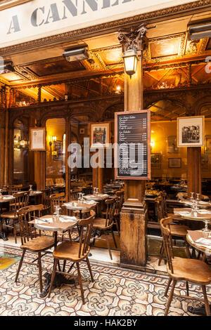 A cafe in Passage des Panoramas, Paris. - Stock Photo
