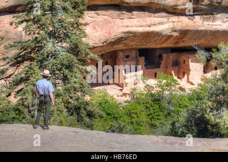 Ranger, Spruce Tree House, Mesa Verde National Park, UNESCO World Heritage Site, Colorado, USA - Stock Photo