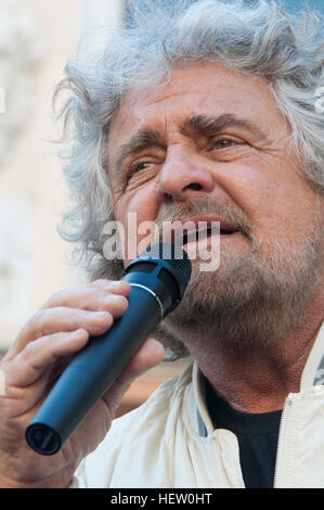 22/04/2012 Italy, Lombardy, Crema, Beppe Grillo founder of Movimento Cinque Stelle, delivers his speech during an - Stock Photo