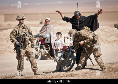 PAKTIKA PROVINCE, Afghanistan -- U.S. Army Soldiers from 1st Platoon, Company A, 1st Battalion, 2nd Infantry Brigade, - Stock Photo