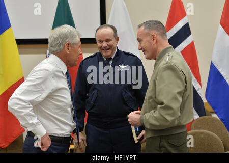 From left, U.S. Secretary of Defense Chuck Hagel talks with Supreme Allied Commander Europe Air Force Gen. Philip - Stock Photo