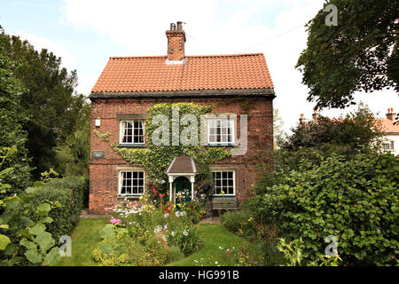 Church Cottage Cossall, related to DH Lawrence and his book, The Rainbow, Former home of Louie Burrows, Lawrence's - Stock Photo