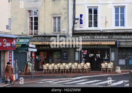 An Irish cafe bar in Bayeux, Normandy, France. - Stock Photo