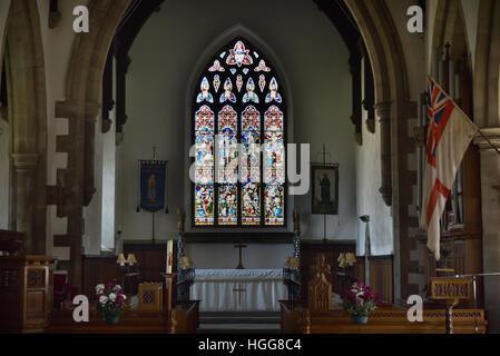 St Margaret's Church interior, Altar, Pews, Hawes, Wensleydale, Yorkshire Dales National Park, North Yorkshire, - Stock Photo