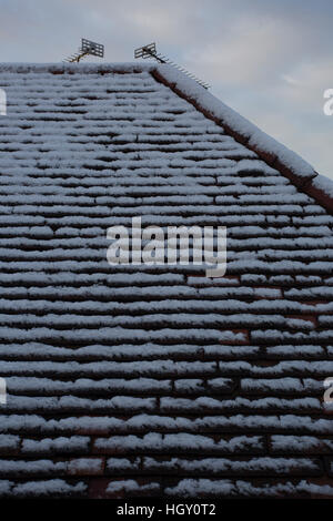 Snow on roof, Southend-on-sea, Essex - Stock Photo