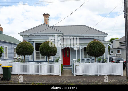 A small house in Devonport, a suburb of Auckland, New Zealand. - Stock Photo