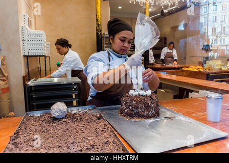 Paris, France, Women Preparing Cakes, in French Bakery Shop, Window, 'Aux Merveilleux de Fred', Shopping Food shops, - Stock Photo