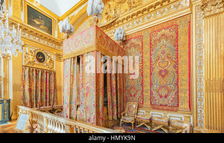 VERSAILLES, FRANCE - JULY 02, 2016 : King's Bedroom, created in 1701 where  lived Louis XIV until his death in 1715. - Stock Photo