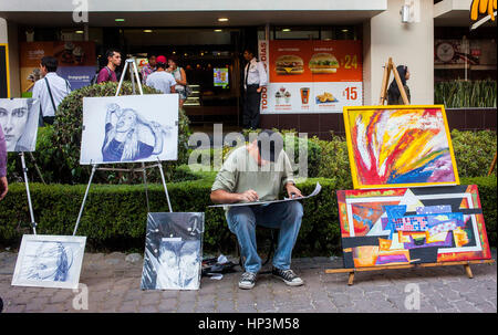 Street painter, Génova street, Pink zone, Mexico City, Mexico - Stock Photo