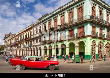 ldtimer in Havanna Center on Paseo de Marti near Capitol, Cuba - Stock Photo