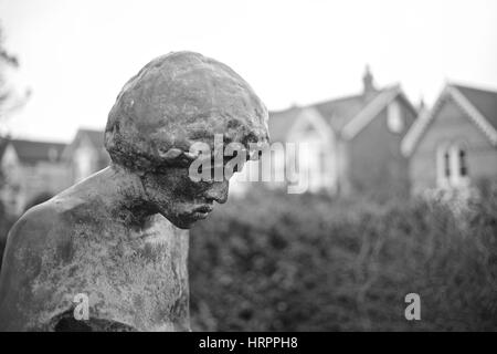Jimi Hendrix statue facing Afton Down in the memorial garden at Dimbola Lodge,Freshwater Bay - Stock Photo