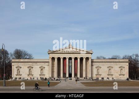 Glyptothek Museum designed by German architect Leo von Klenze and built in 1816-1830 in Konigsplatz in Munich, Bavaria, - Stock Photo