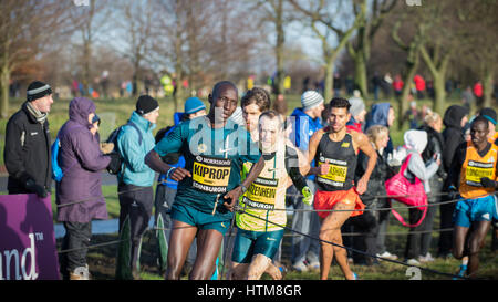 EDINBURGH, SCOTLAND, UK - January 10, 2015 - elite athletes compete in the Great Edinburgh Cross Country Run event, - Stock Photo