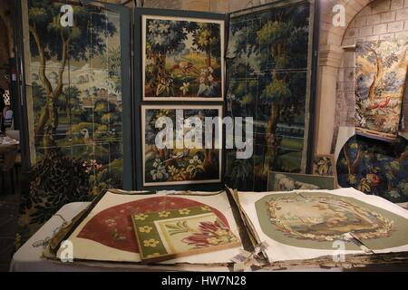 France, Sarthe, Le Mans, the gothic Cathedral, craftsmen invited to show their creations inside the cathedral, tapestry - Stock Photo