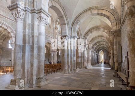 France, Yonne, Vezelay, Basilica of Sainte Mary Magdalene listed as World Heritage by UNESCO - Stock Photo