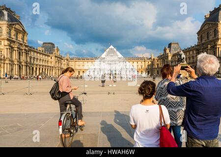 France, Paris, the Louvre Pyramid disappears for a month (may 25th to June 27th 2016) thanks to a photographic collage - Stock Photo