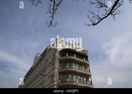 The Park Inn Hotel (Radisson Palace) on Pier Hill, SOuthend-on-Sea, Essex. - Stock Photo