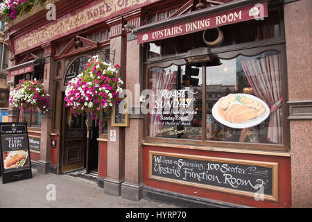 Pubs in London - Stock Photo