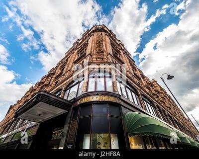 Exterior of Harrods luxury goods department store, Knightsbridge, London, UK. - Stock Photo