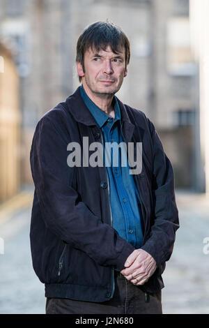 Photographer Ian Georgeson, 07921 567360 Author Ian Rankin, Oxford Bar, Rather be The Devil - Stock Photo