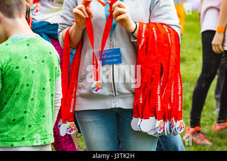 Weymouth, Dorset, UK. 6th May, 2017. Weldmar's Colour Run takes place at Weymouth to raise funds for the charity. - Stock Photo