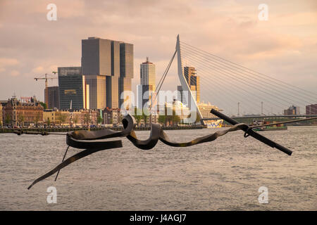 Examples of modern architecture including Erasmus Bridge and De Rotterdam seen alongside the Maas river, Rotterdam, - Stock Photo