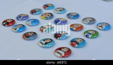 London, UK. 12th May, 2017. Cycling badges on display at the Spin Cycling Festival which opened today, Friday 12 - Stock Photo