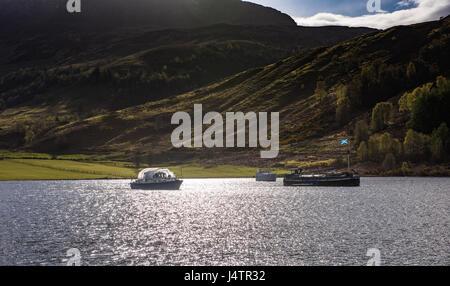 Boats anchored at Laggan, Caledonian Canal, Highlands, Scotland, UK. - Stock Photo