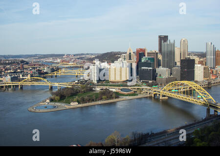 Pittsburgh city skyline from the top of the Duquesne Incline, Mount Washington, with a view of all the bridges and - Stock Photo