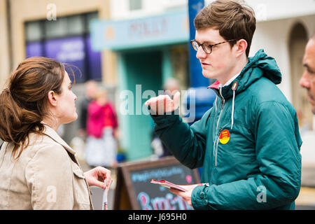 Aberystwyth Wales UK, Saturday 20 May 2017 General Election 2017 : Supporters the Labour Party all out canvassing - Stock Photo