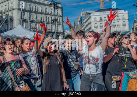 Madrid, Spain. 20th May, 2017. Left-wing party Podemos organized a massive protest against corruption and social - Stock Photo