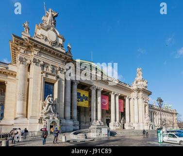 Galeries Nationales Du Grand Palais, 1900, architects Henri Deglane, Albert Louvet, Albert-Félix-Théophile Thomas, - Stock Photo