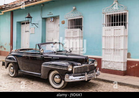 A vintage 1948 American Mercury Eight working as a taxi in the town of Trinidad, UNESCO, Cuba, West Indies, Caribbean - Stock Photo