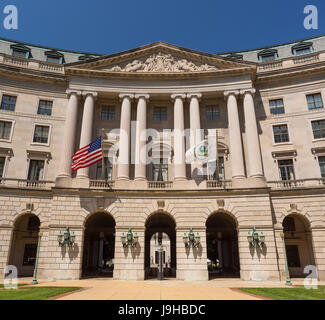 WASHINGTON, DC, USA, 2nd June 2017 - United States Environmental Protection Agency building. ©Rob Crandall / Alamy - Stock Photo