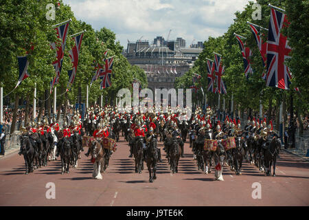 The Mall, London, UK. 3rd June, 2017. The penultimate rehearsal for the Queen's Birthday Parade, The Major General's - Stock Photo