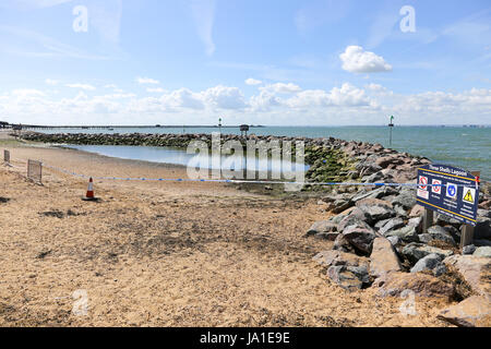 Southend on Sea, UK. 4th June, 2017. The Three Shells lagoon on Southend Seafront has been drained and taped off - Stock Photo