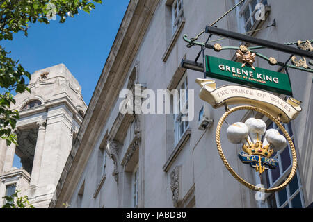 Covent Garden Area with a view at Freemasons' Hall, London - Stock Photo