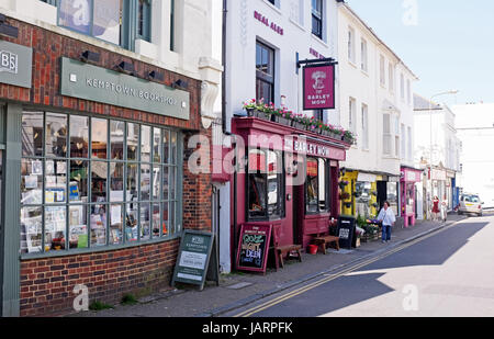 The Barley Mow pub in Kemptown or Kemp Town Brighton UK Photograph taken by Simon Dack - Stock Photo