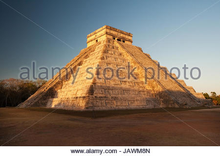 The Castillo at Chichen Itza. - Stock Photo